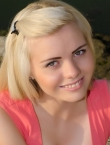 Photo of beautiful Ukraine  Alina with blonde hair and green eyes - 20425