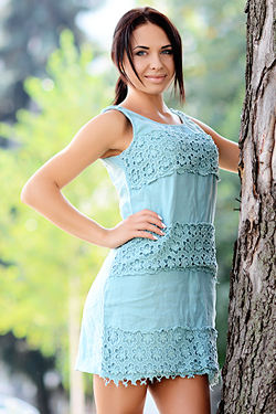 Photo of beautiful Ukraine  Aliona with black hair and blue eyes - 19049
