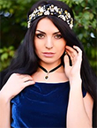 Photo of beautiful  woman Anna with black hair and green eyes - 12979