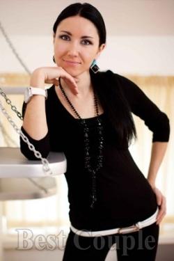 Photo of beautiful Ukraine  Antonina with black hair and hazel eyes - 12247