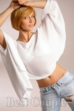Photo of beautiful Ukraine  Elizaveta with blonde hair and blue eyes - 12257