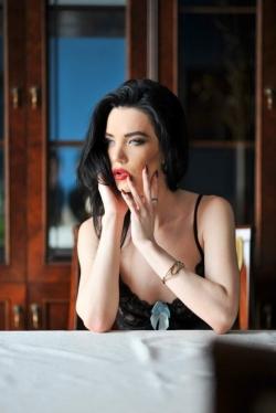 Photo of beautiful Ukraine  Kristilina with black hair and blue eyes - 21949