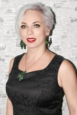 Blond natali Natalie Dormer