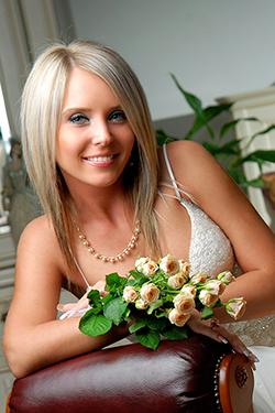 Photo of beautiful Ukraine  Olga with blonde hair and blue eyes - 12253