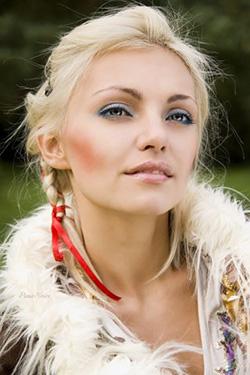 Photo of beautiful Ukraine  Viktoria with blonde hair and blue eyes - 12245