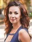 Photo of beautiful Ukraine  Yuliya with light-brown hair and hazel eyes - 20668