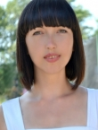 Photo of beautiful Ukraine  Yuliya with black hair and green eyes - 22368